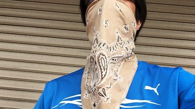 バンダナをマスクにしてランニング