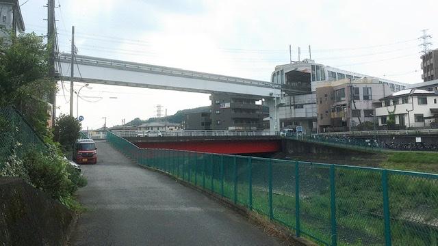 多摩モノレール大塚・帝京大学駅