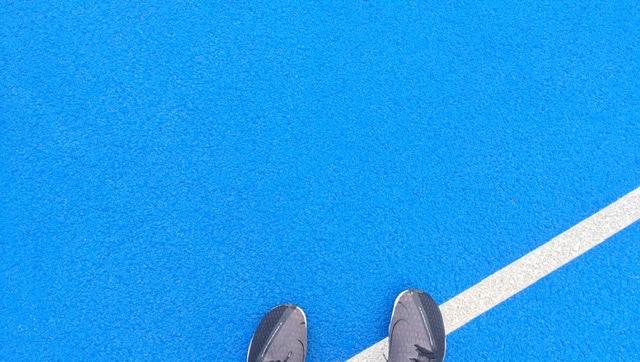 等々力陸上競技場の地面
