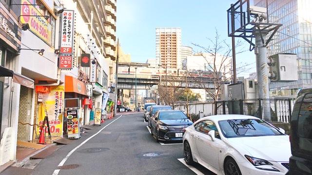 五反田駅前の繁華街