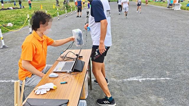 月例川崎マラソン1kmスタート時のバーコード読み取り