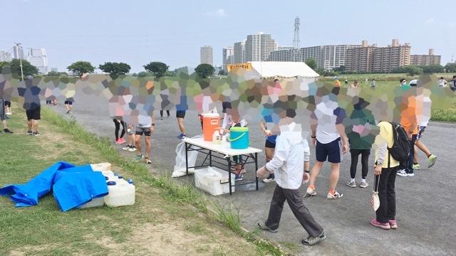 月例川崎マラソン3kmの部の終了後の給水スペース