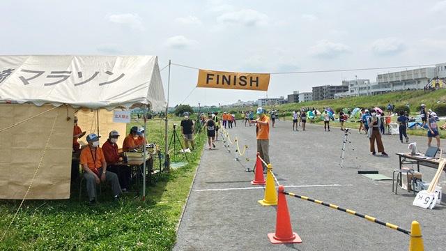 月例川崎マラソン5kmの部のフィニッシュライン