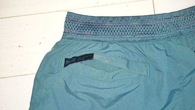 ワークマンの水陸両用パンツの左ヒップポケット