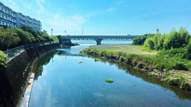 押切橋から見る湘南の海